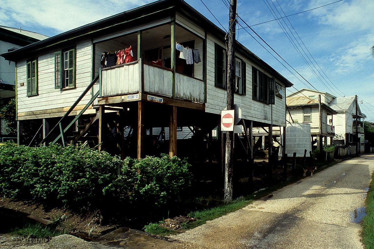 Belize \'90-001