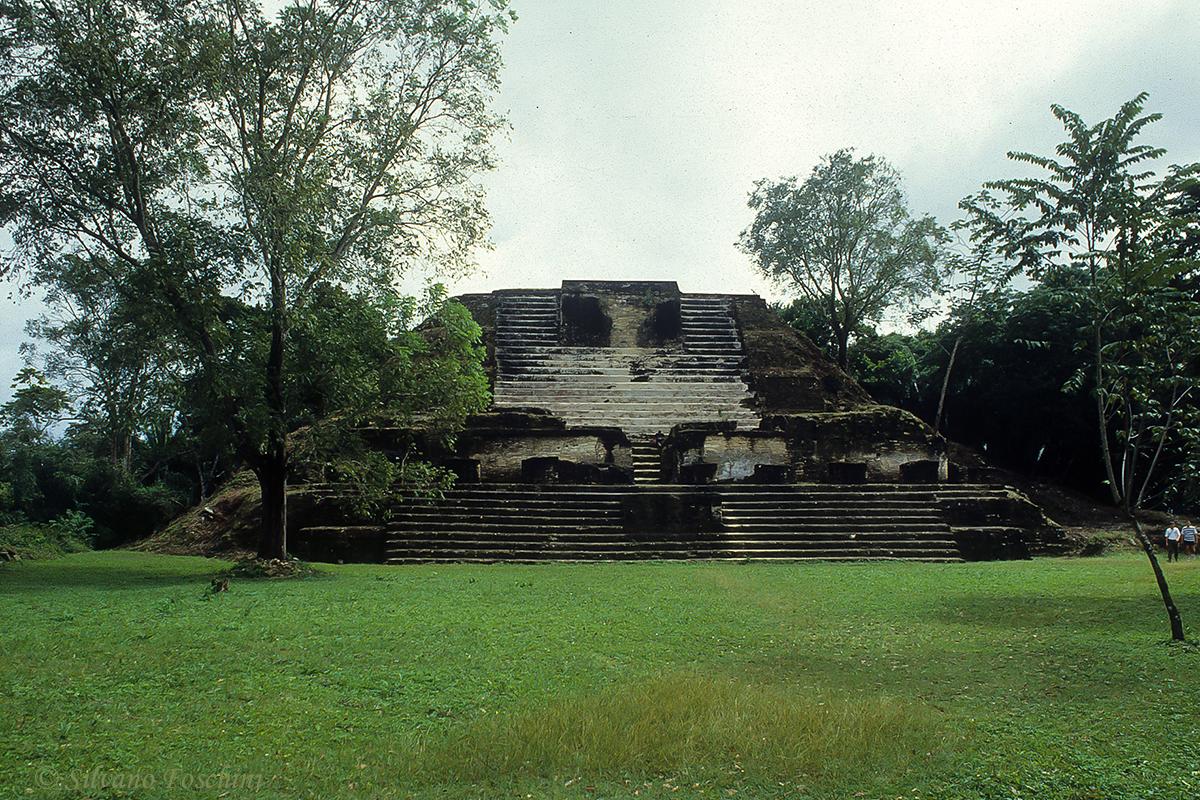 Belize \'90-003