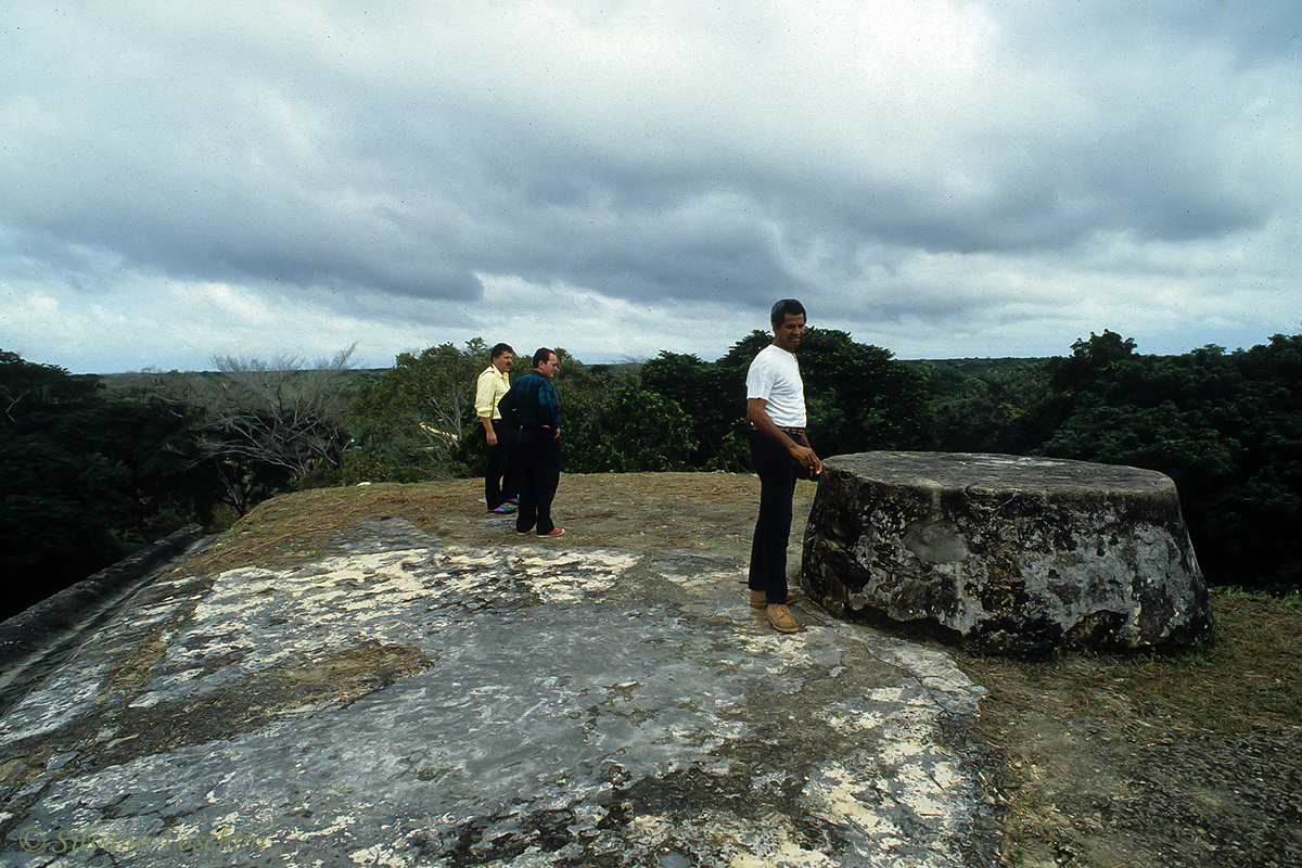 Belize \'90-004