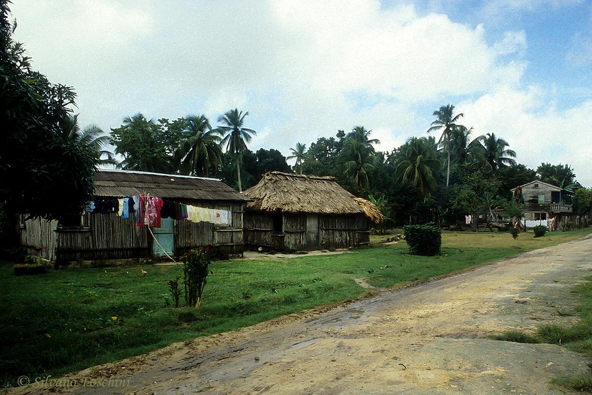 Belize \'90-007