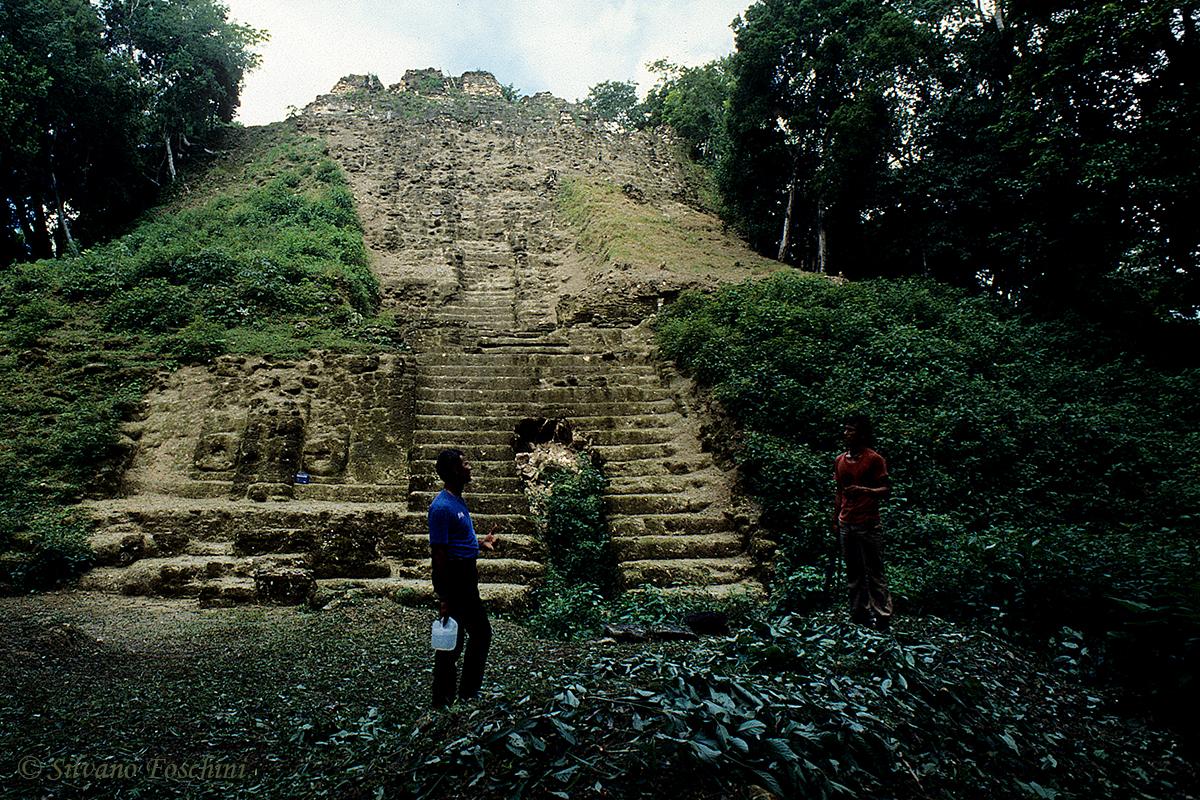 Belize \'90-012