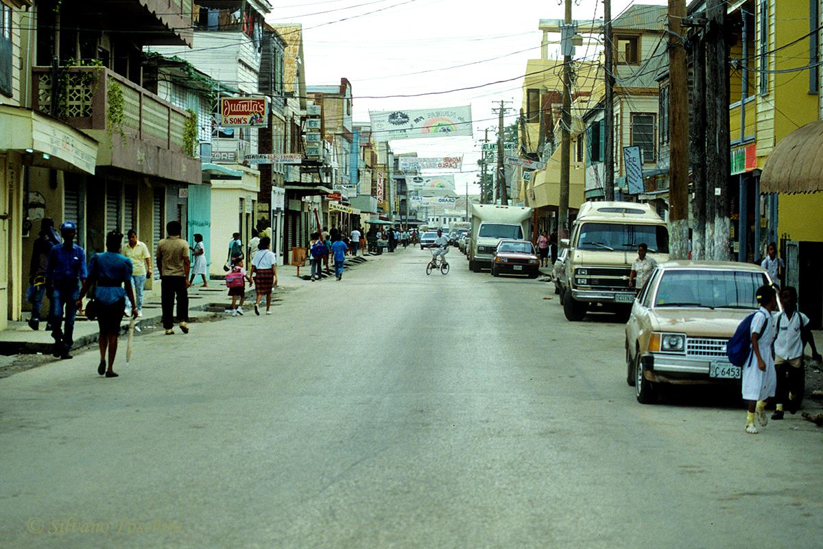 Belize \'90-016